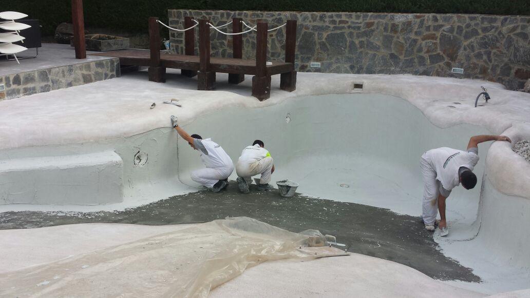 Galeria 51 premix marbletite for Construccion de piscinas en chile